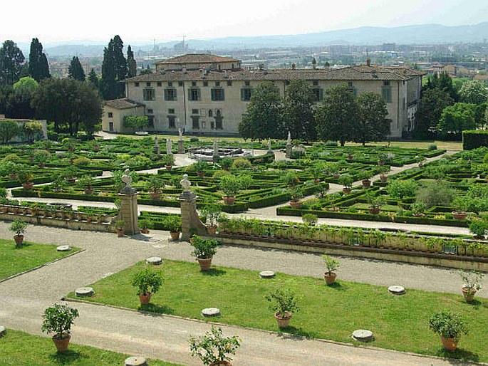 Zahrady sv ta it lie florencie villa la petraia for Villa la petraia