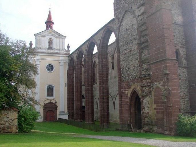 Výsledek obrázku pro sázava kostel