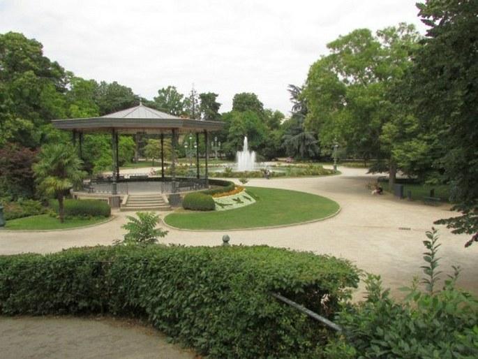 Zahrady sv ta francie toulouse jardin des plantes jardin royal a grand rond for Jardin grand rond toulouse